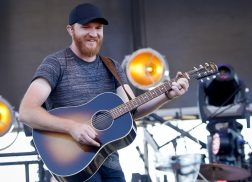 Why Eric Paslay Enjoys the Festival Atmosphere