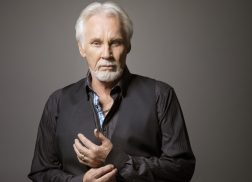 Kenny Rogers Cancels Remaining 2018 Tour Dates For Health Issues