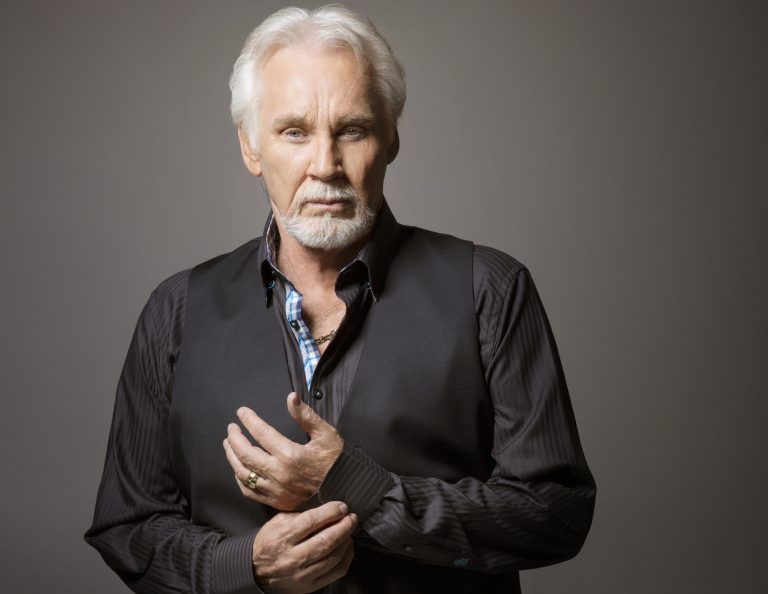 Kenny Rogers' Farewell Tour To Conclude in Nashville with Star-Studded Concert