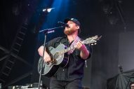 Luke Combs Announces Don't Tempt Me With A Good Time Tour