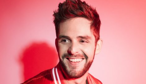 Thomas Rhett Reads His Autobiography in New Single, 'Life Changes'