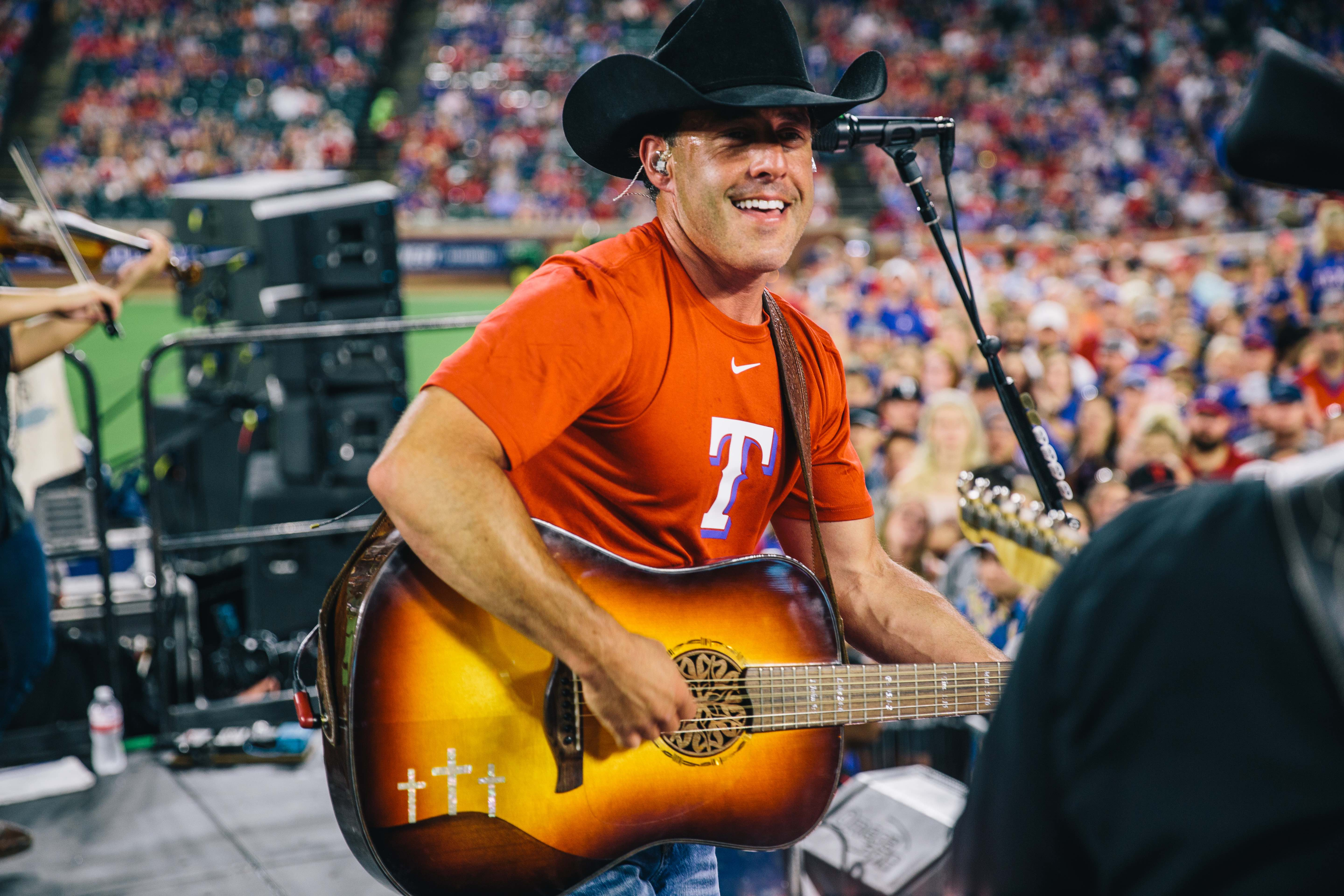 Aaron Watson Finds Success With His Own Brand of Country Music