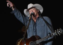 Alan Jackson, Chris Stapleton Added to ACM Honors Lineup