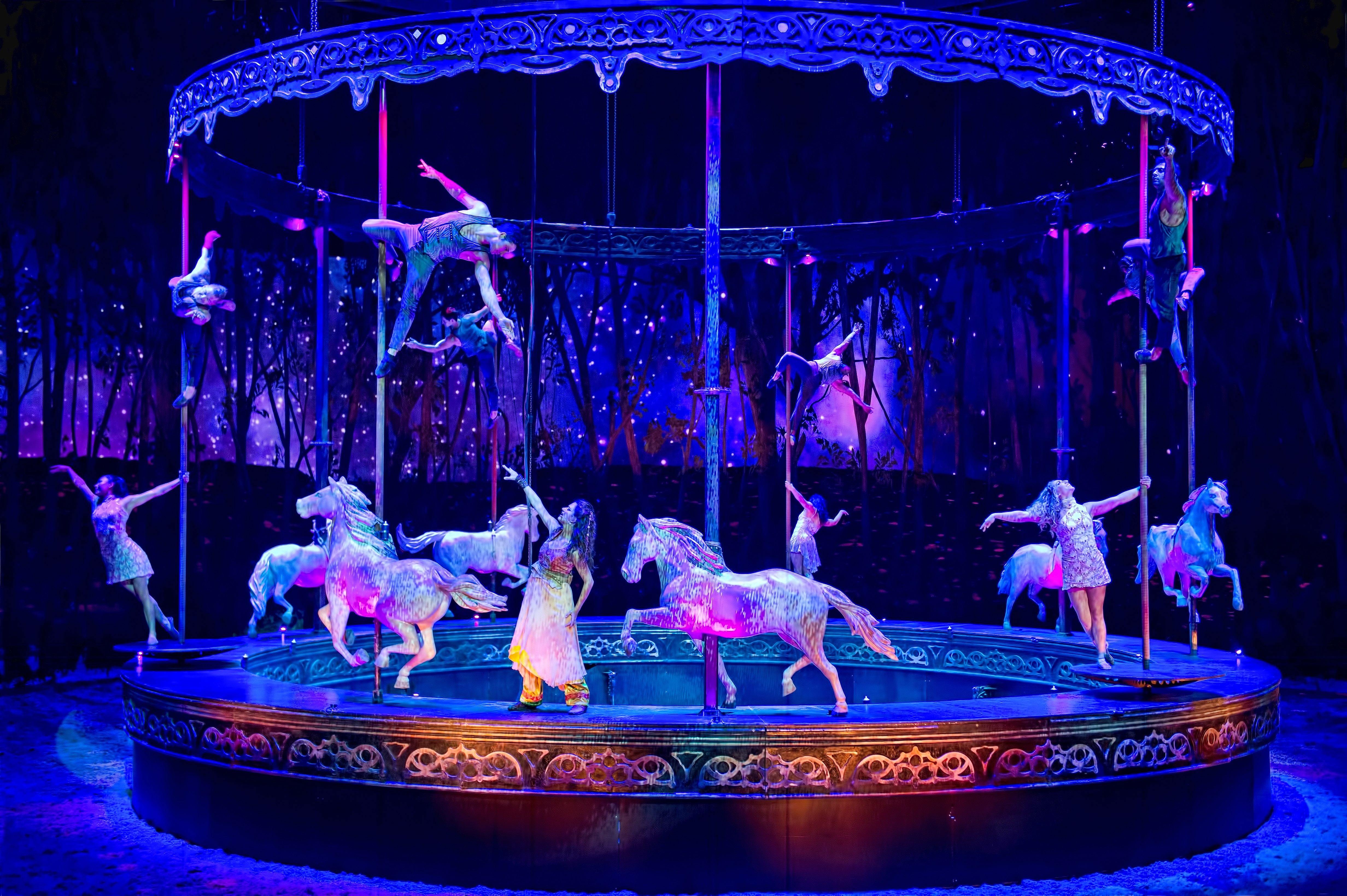 Get the complete schedule and information on ticket purchase for the Cavalia Odysseo equestrian show in Camarillo, California.