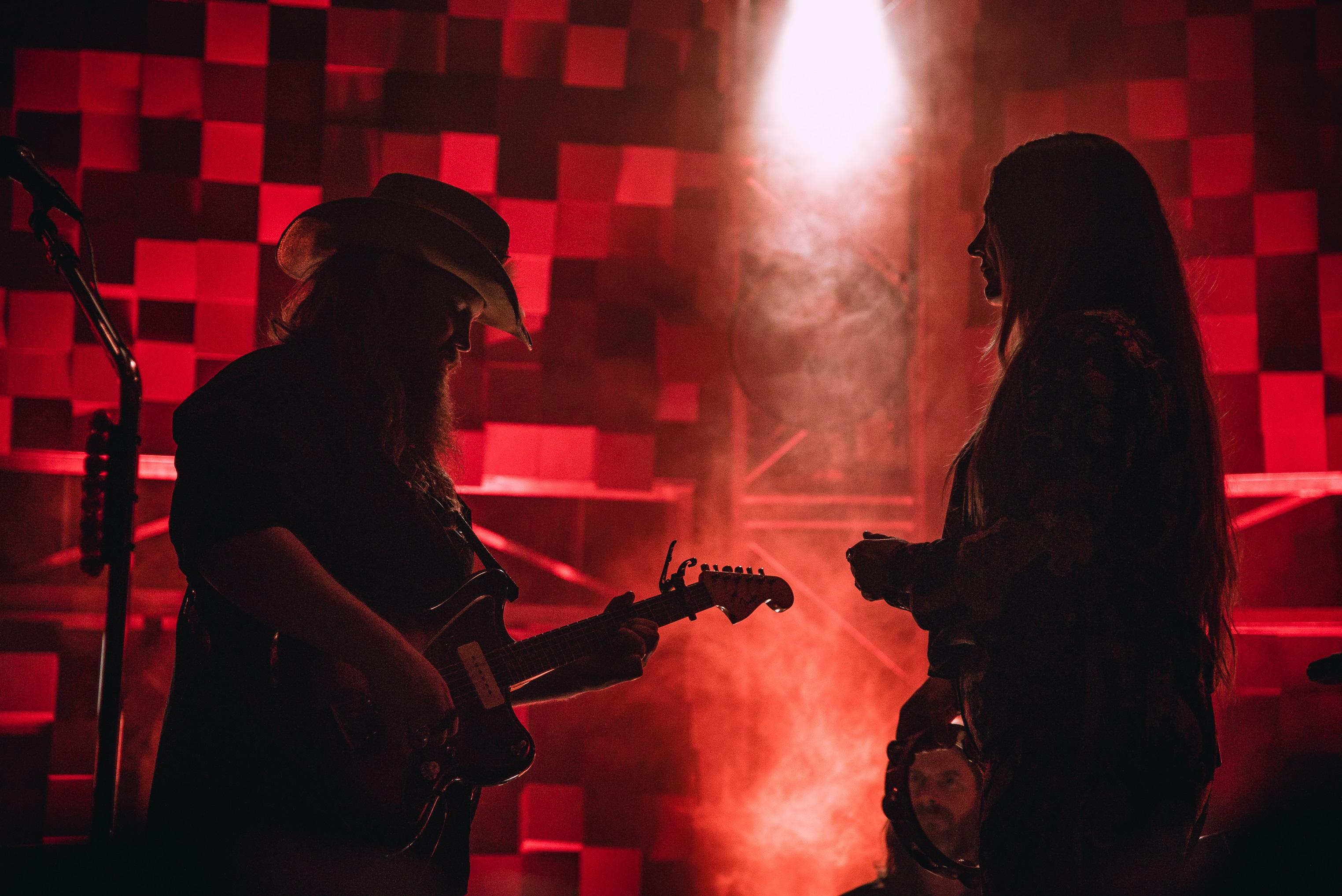 Chris & Morgane Stapleton; Photo credit: Andrew Wendowski/Sounds Like Nashville