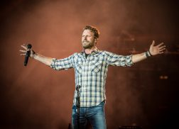 Dierks Bentley's What the Hell Tour Rolls Through New Jersey