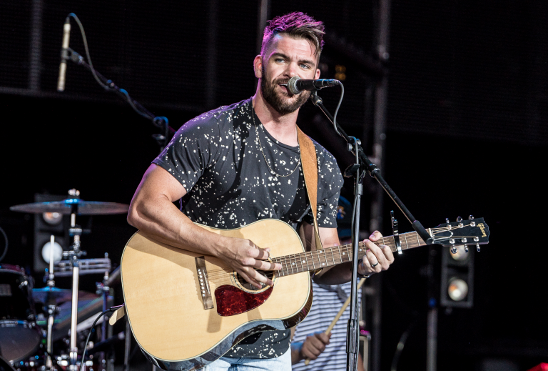 Dylan Scott Gets Fans 'Hooked' on Addictive New Single