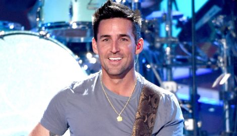 Jake Owen Is Growing His Hair Out