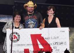 Jason Aldean Raises Over $700k for Hometown Children's Hospital