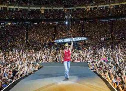 Kenny Chesney Reveals 30-Song 'Live in No Shoes Nation' Track List