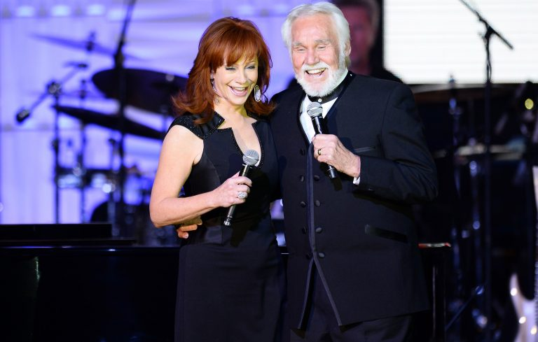 Reba, Chris Stapleton and More Join Lineup for Kenny Rogers' Farewell Concert