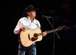 George Strait to Host Hurricane Harvey Benefit in San Antonio
