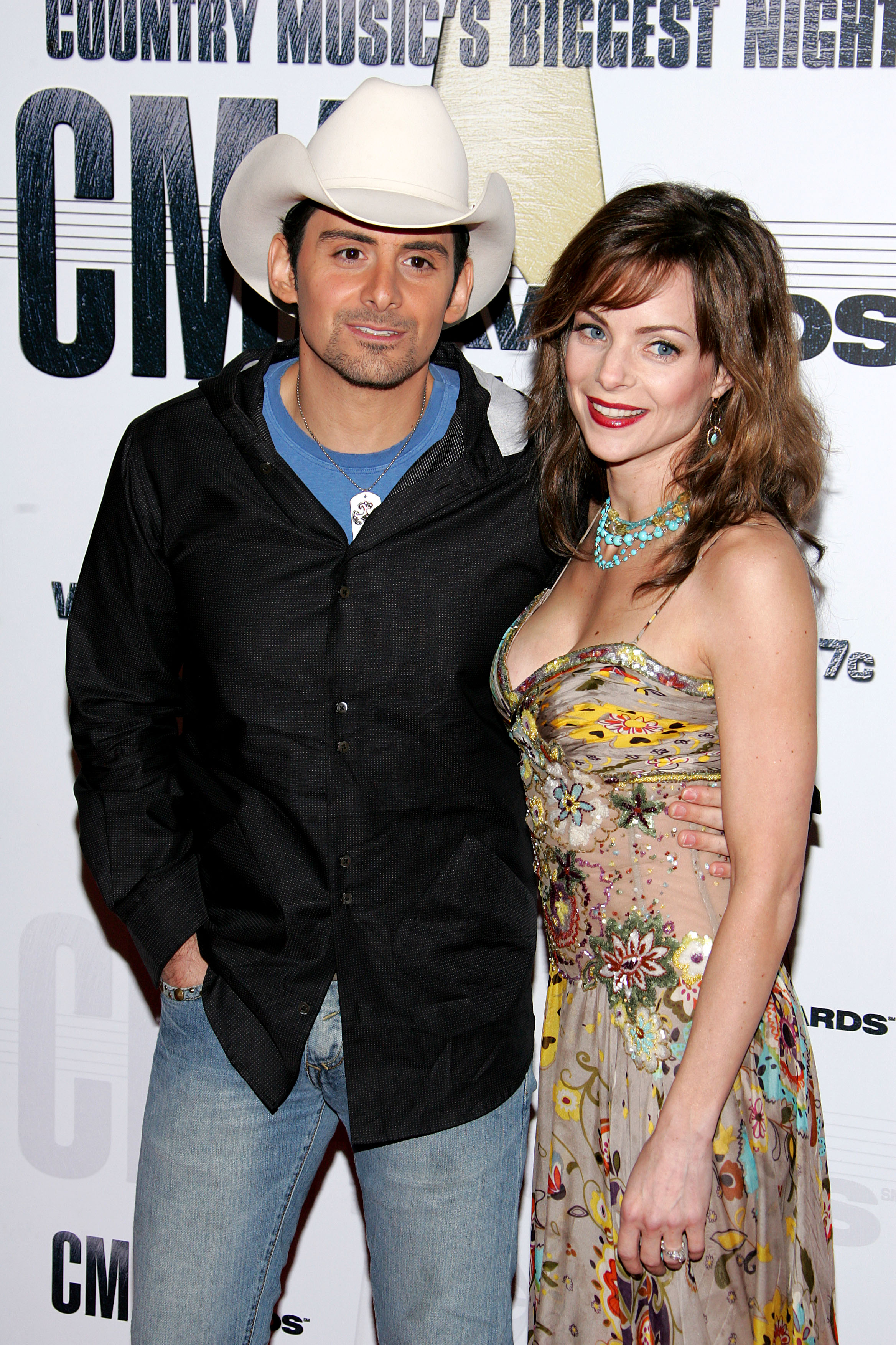 Brad Paisley and his wife Kimberly Williams-Paisley arrive at the 41st Annual CMA Awards at the Sommet Center on November 7, 2007 in Nashville, Tennessee; Photo by Bryan Bedder/Getty Images