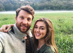 Brett Eldredge and Sadie Robertson Takes Fans Behind-the-Scenes of 'The Long Way'