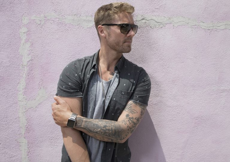 CMT Locks in Brett Young for 'CMT On Tour: Here Tonight 2018′