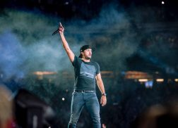 Luke Bryan Announces 2018 Tour, Introduces Music Video for 'Light It Up'