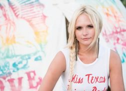 Miranda Lambert Announces 23-City Livin' Like Hippies Tour