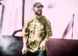 Sam Hunt Has No Plans to Shave His Beard Anytime Soon