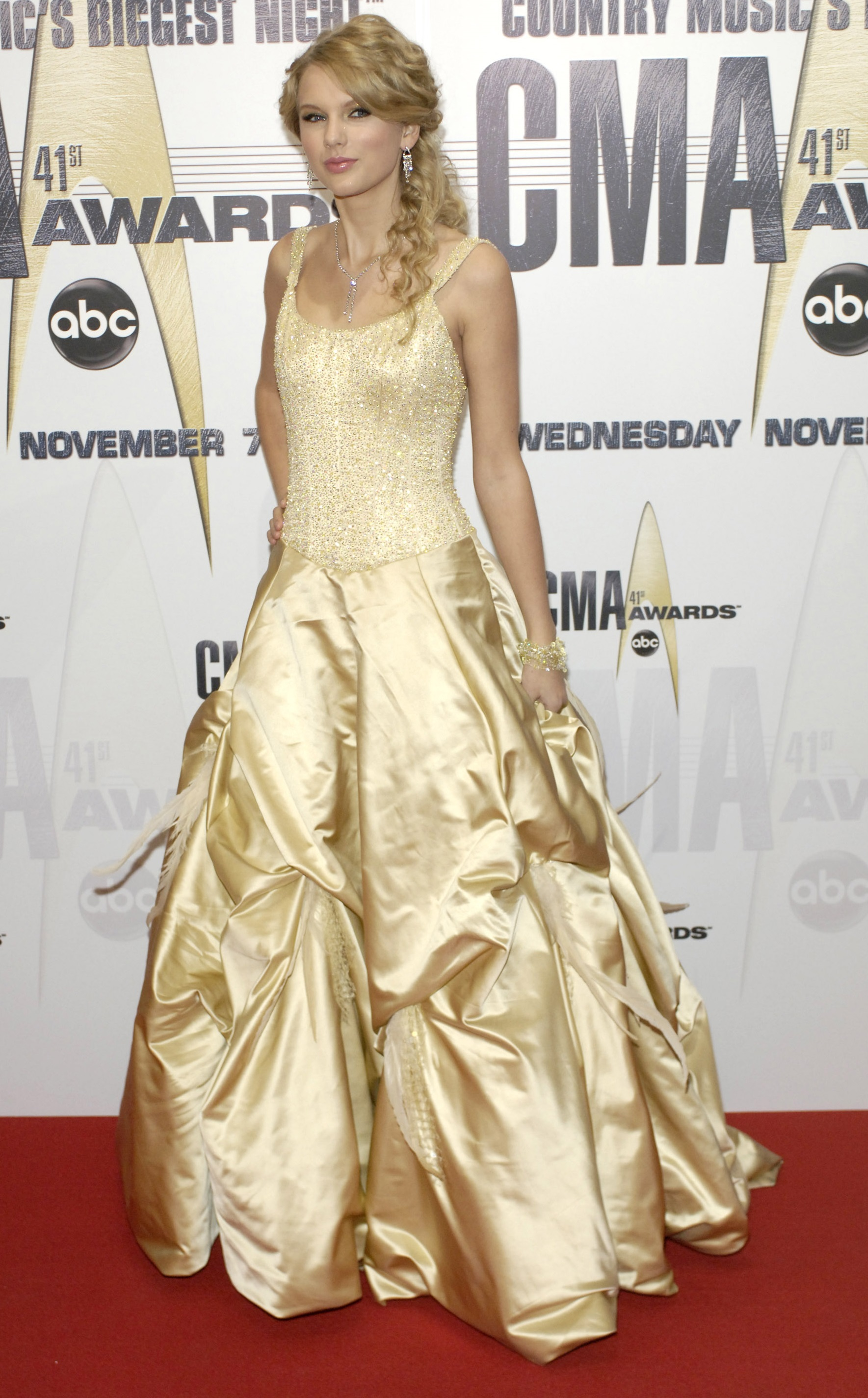 Taylor Swift arrives at the 41st Annual CMA Awards at the Sommet Center on November 7, 2007 in Nashville TN; Photo by Frank Mullen/WireImage