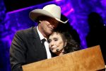 Alan Jackson, Don Schlitz and Jerry Reed Become Newest Members of Country Music Hall of Fame