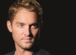 Brett Young Brings the Holiday Spirit with Rendition of 'O Holy Night'