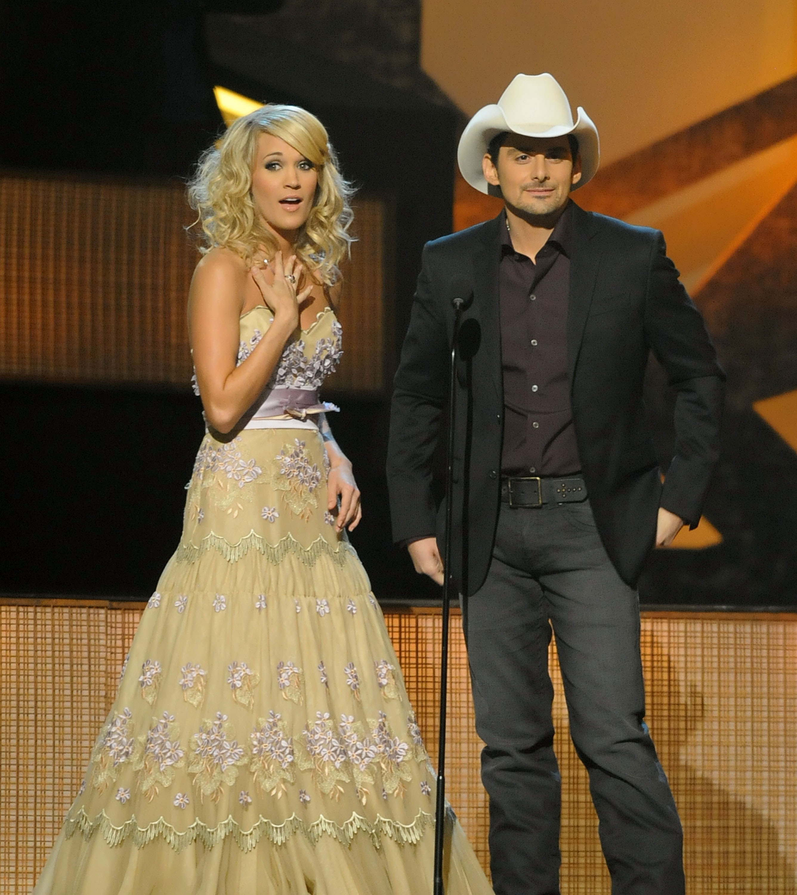 Carrie Underwood and Brad Paisley at the 43rd Annual CMA Awards on November 11, 2009; Photo by Rick Diamond/Getty Images