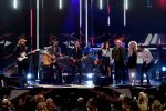 Jason Aldean, Keith Urban, Little Big Town and Chris Stapleton Perform 'I Won't Back Down' at 2017 CMT Artists of the Year