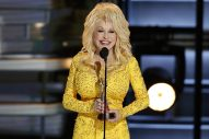 Dolly Parton Recalls Hilarious Wardrobe Malfunction at 1978 CMA Awards