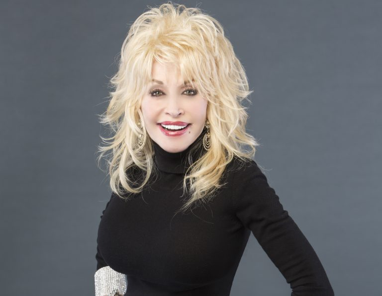 Dolly Parton on Why She Never Had Children: 'I Don't Think it Was Meant for Me'