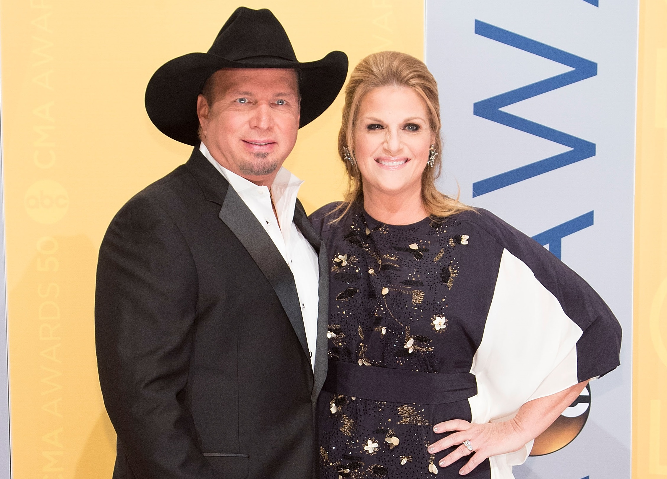 Trisha Yearwood And Garth Brooks Reveal Their Plans For 2018