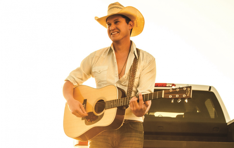Jon Pardi Opens Up About His Chart Success, Spending Time with His Heroes, and Selling Out Headlining Shows