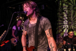 Keith Urban Surprises Nashville Again with Secret Pop-Up Show