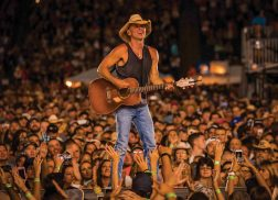 Kenny Chesney Announces Stadium Portion of 2018 Trip Around the Sun Tour