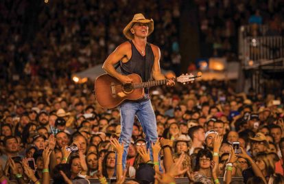 Kenny Chesney Eyes Vegas Shows Before Summer Tour