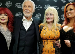 Dolly Parton, The Judds and More Share Memories of Kenny Rogers Ahead of Farewell Concert