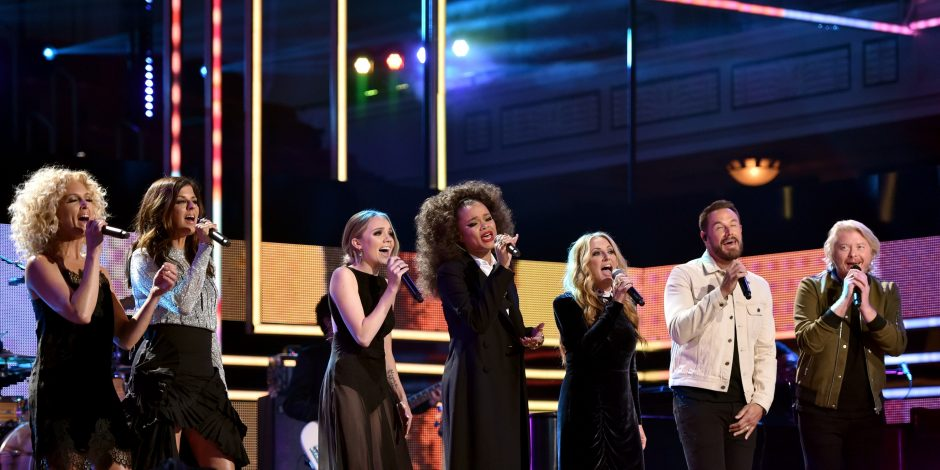 Little Big Town, Danielle Bradbery, Lee Ann Womack, Andra Day and Common Perform 'Stand Up For Something' at 2017 CMT Artists of the Year