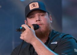 Luke Combs Honors Las Vegas Shooting Victims with Performance on 'Jimmy Kimmel Live!'