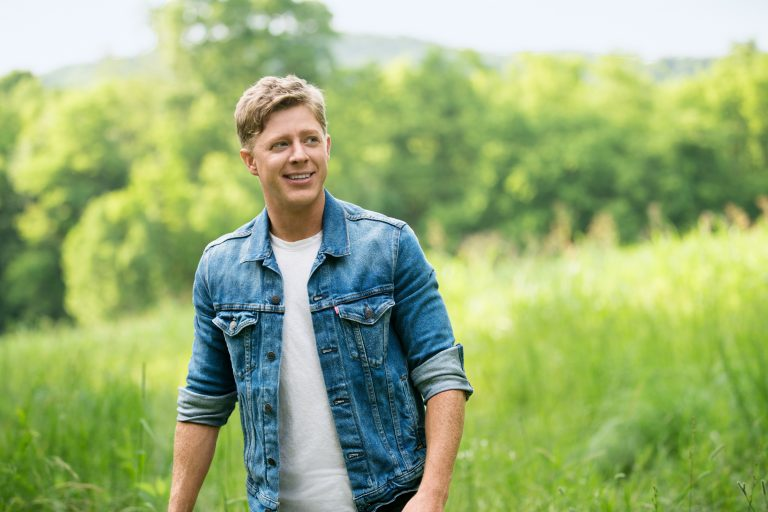 Adam Sanders Shares All He's 'Thankful For' in New Single