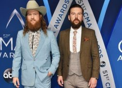 Brothers Osborne Prevail as CMA Vocal Duo of the Year