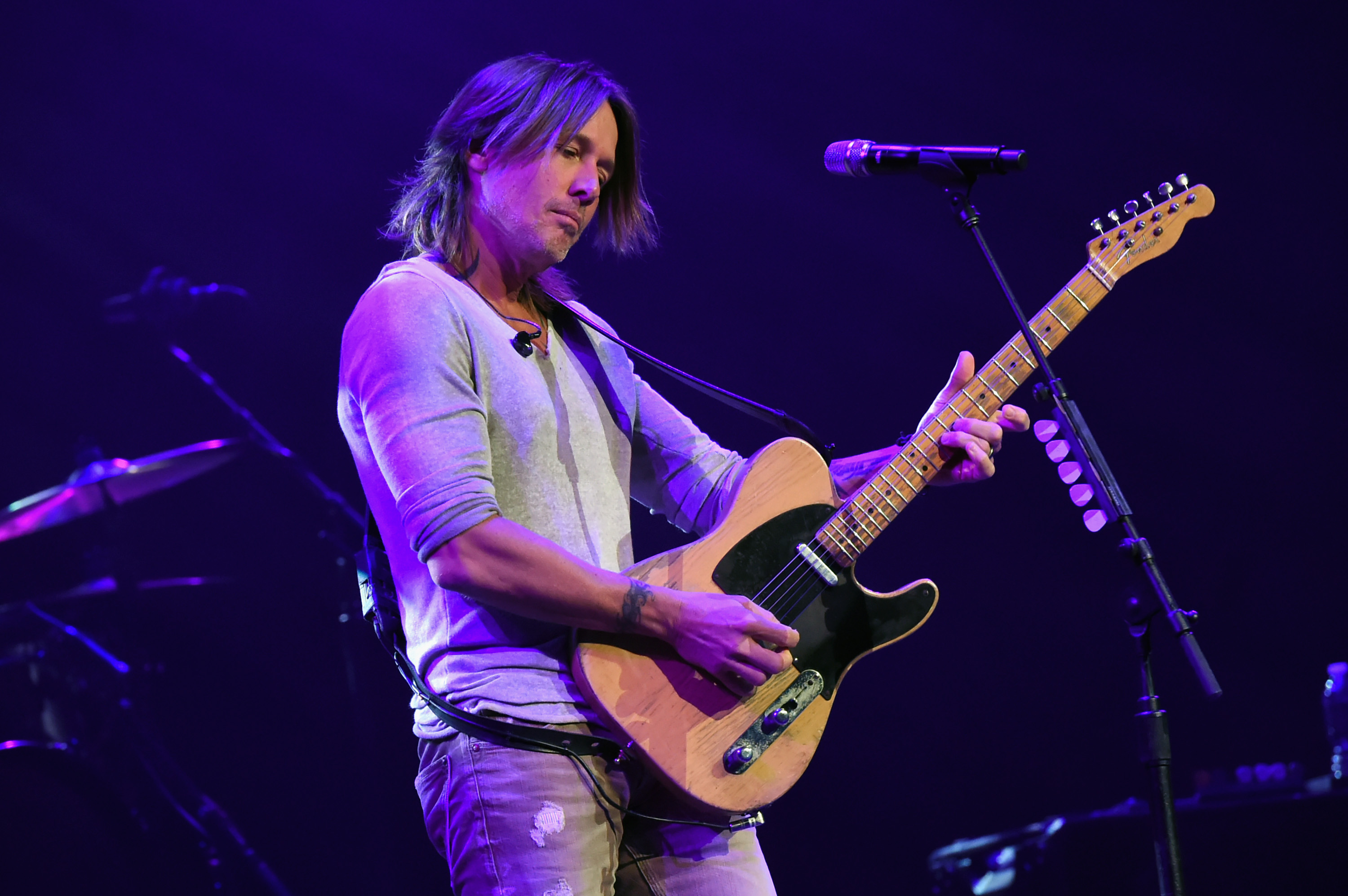 Everything We Know About Keith Urban's New Album, 'Graffiti U'