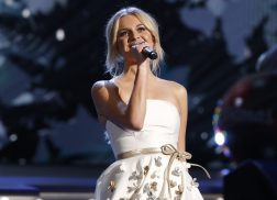 Kelsea Ballerini Found Her Dream Wedding Dress on Instagram
