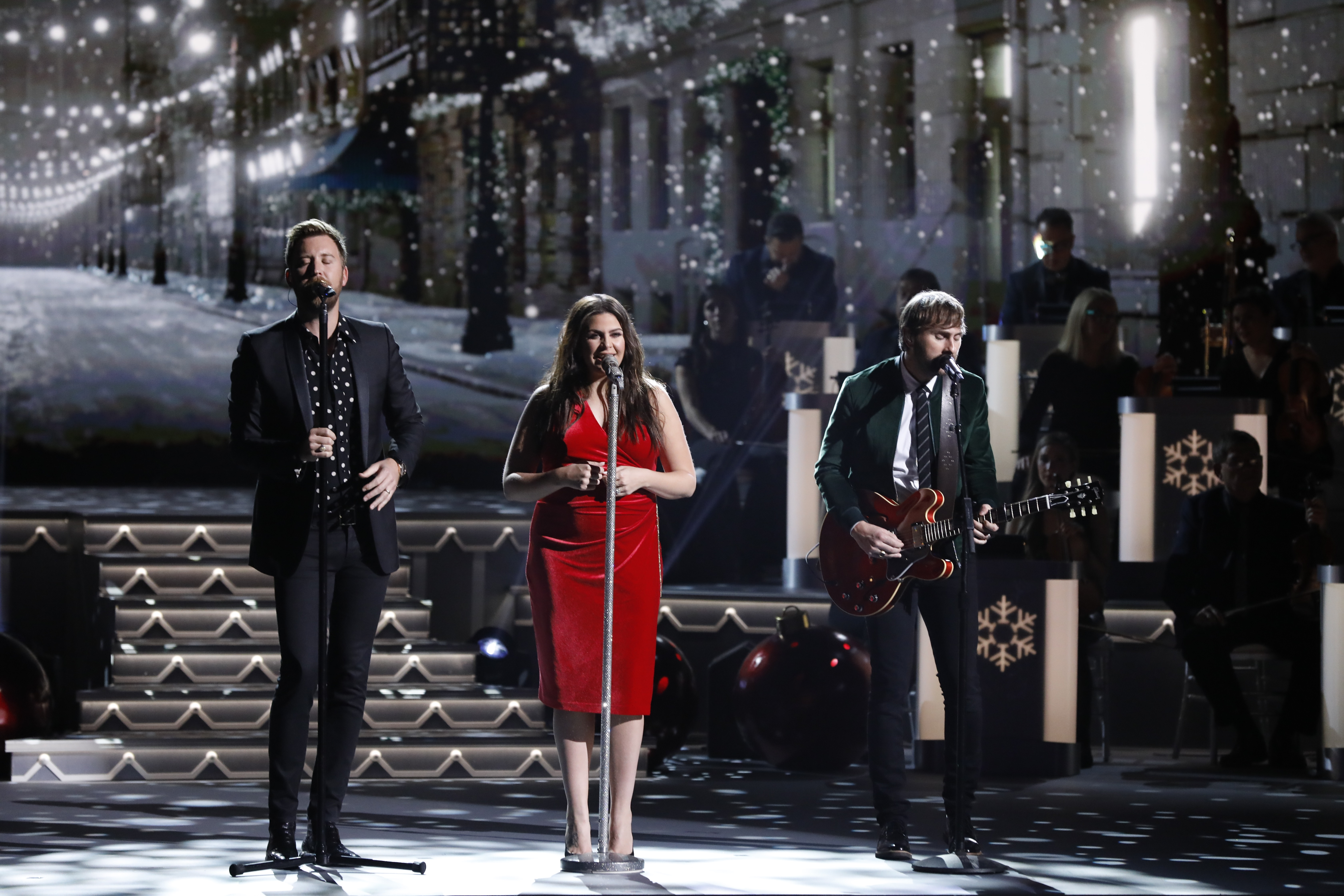 lady antebellum cma country christmas 1511281169