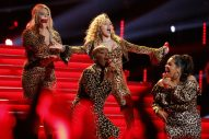 Miley Cyrus and Her All-Female Team Channel Shania Twain on 'The Voice'