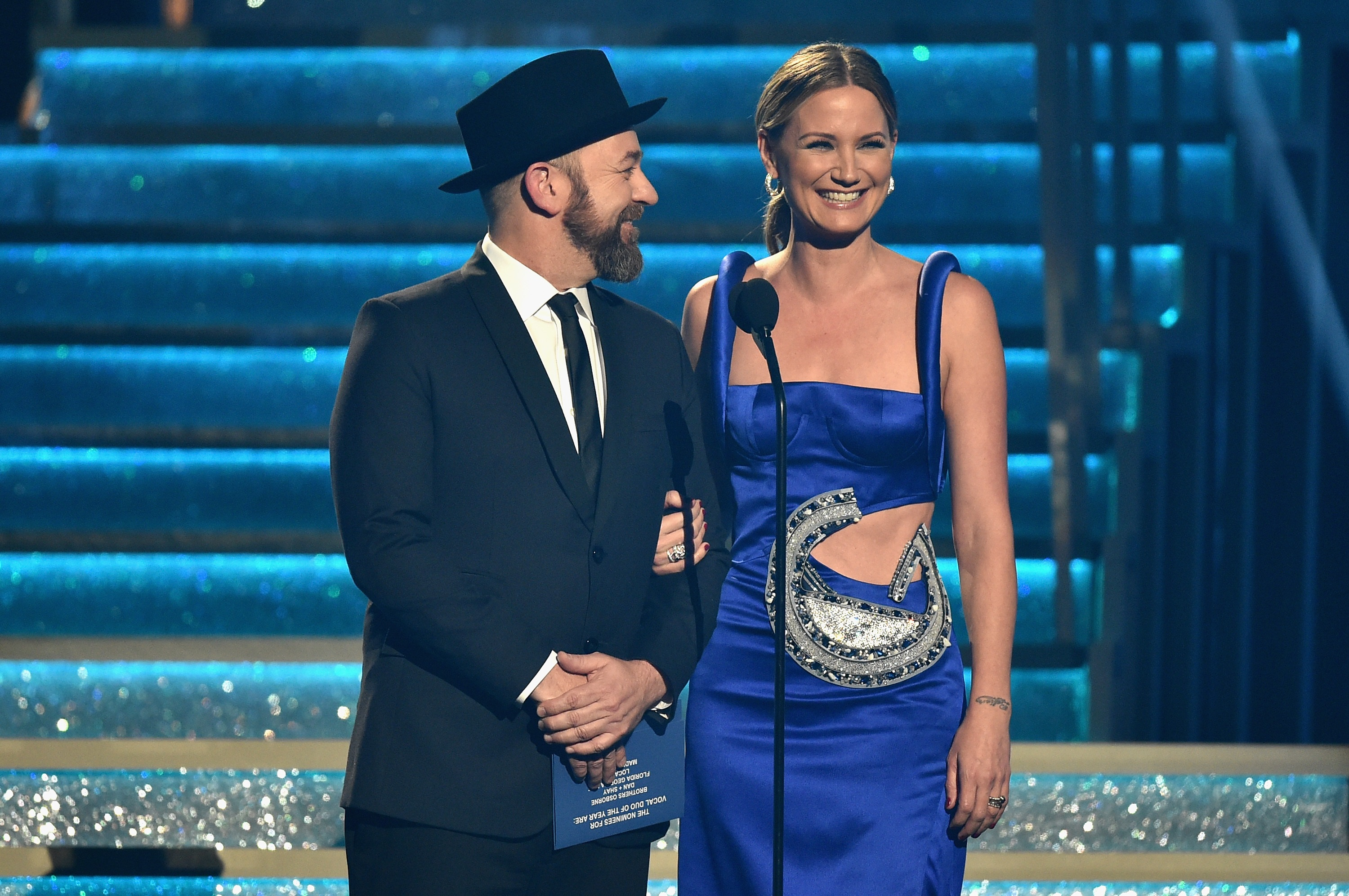 Sugarland Shocks Fans with CMA Awards Reunion