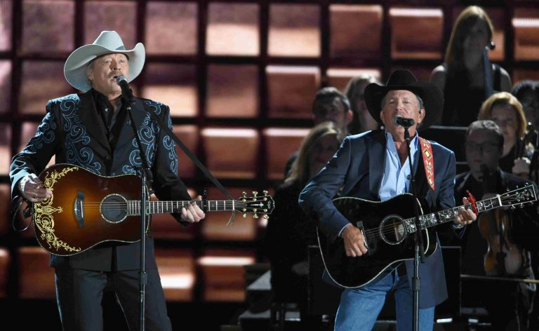 CMA Awards' Greatest Moments Immortalized on New 10-Disc Set