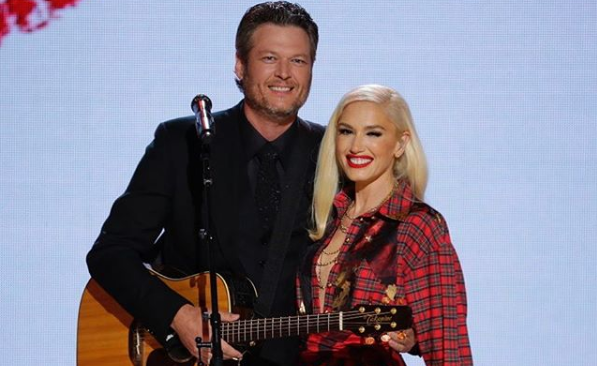 Re-Live Blake Shelton and Gwen Stefani's Playful 'You Make It Feel Like Christmas' from Her Holiday Special