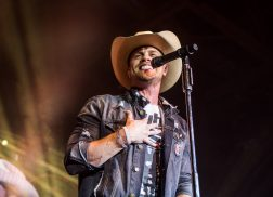 Dustin Lynch is Not a Fan of Public Speaking