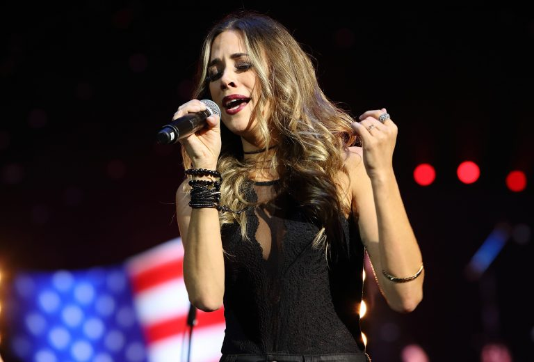 Jana Kramer Suffers Miscarriage: 'I Just Don't Want To Feel Alone'