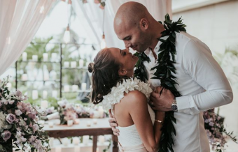 Jana Kramer & Husband Renew Their Wedding Vows