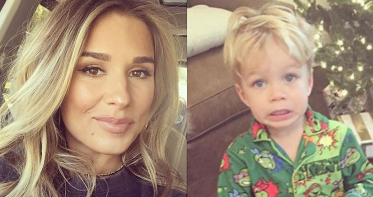 Jessie James Decker Catches Her Son Opening Christmas Presents Early ...